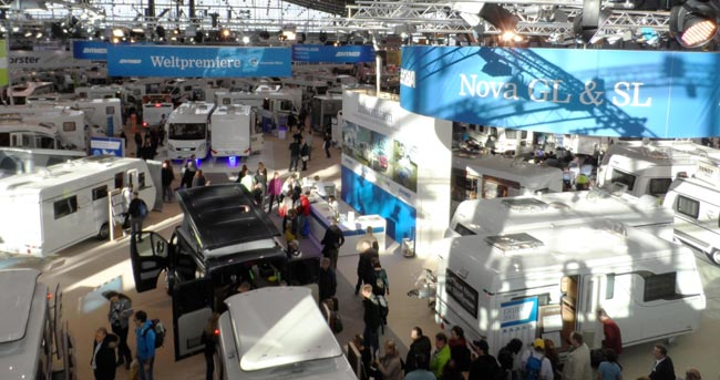 Messe CMT 2015 volle Hallen Hersteller Reisemobile Wohnwagen